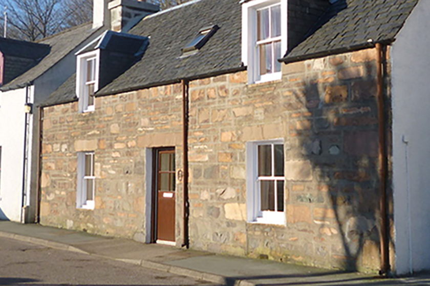 Visit Plockton, Self Catering, 35 Harbour Street